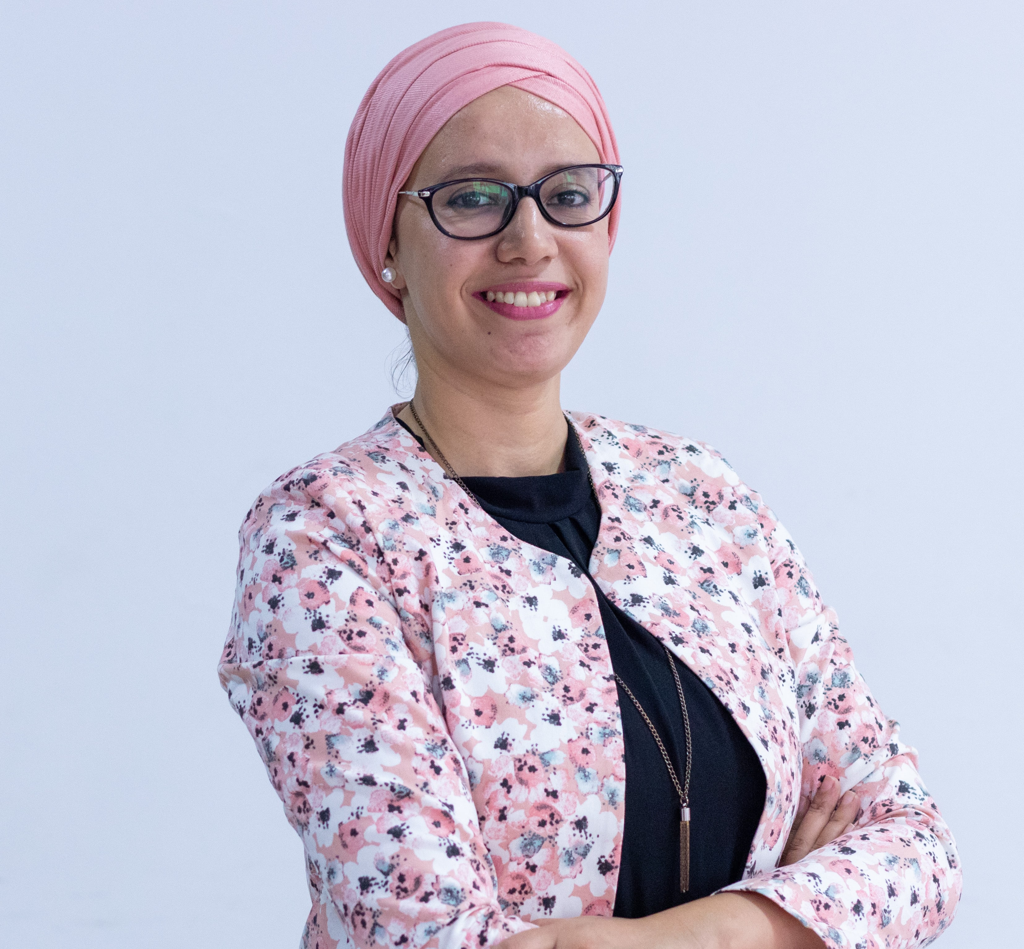 HIND AZELMAT, Responsable Communications